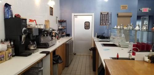 Counter / Service Area
